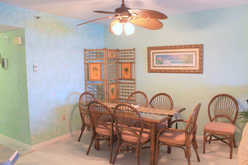 Dining Area (Custom)
