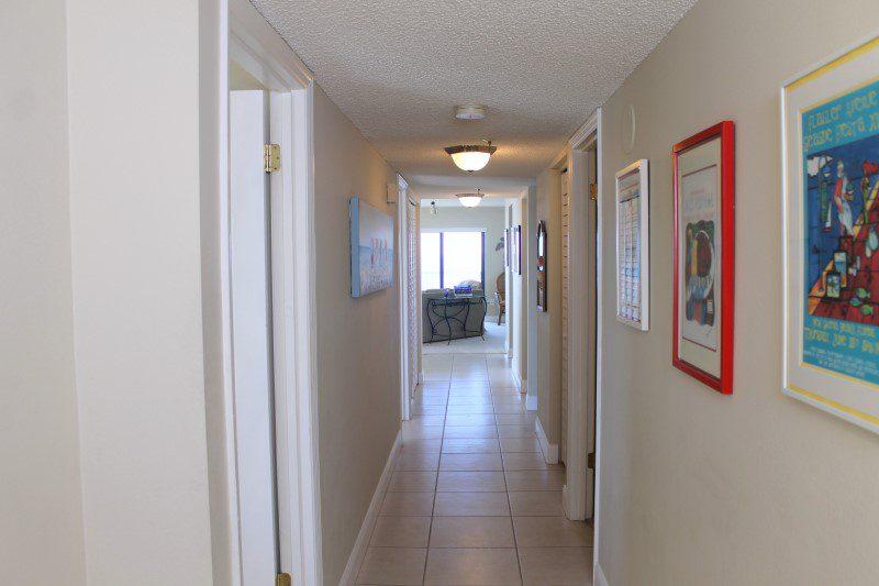 Entry Hallway (Custom)