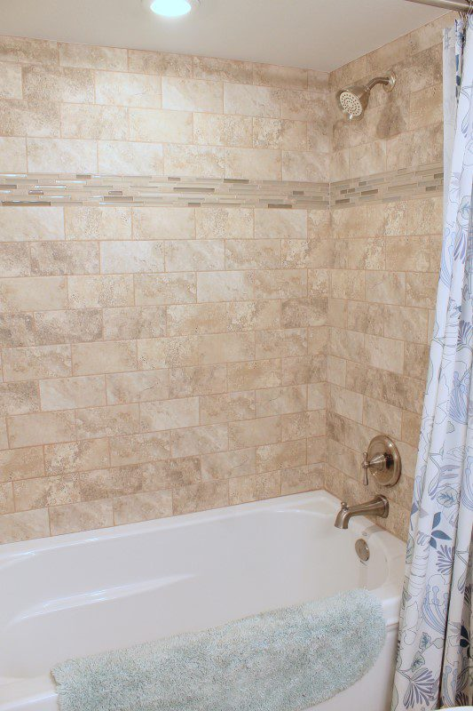 Guest Bathroom Tub And Shower (Custom)