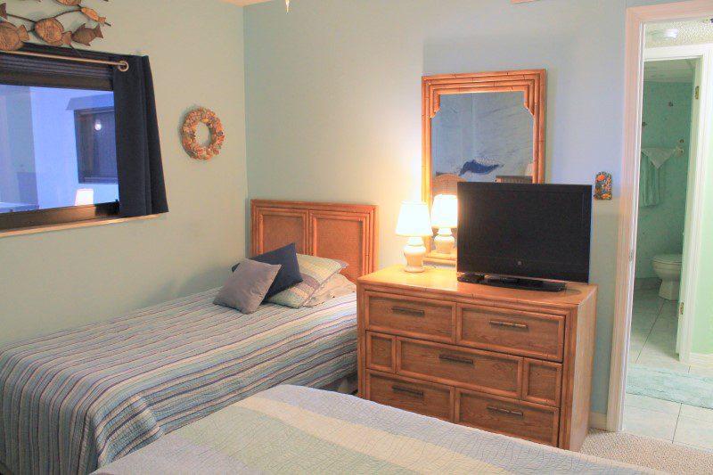 Guest Bedroom Twin Bed (Custom)