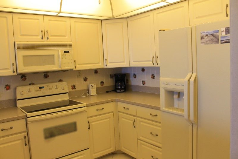 Kitchen Oven And Refrigerator