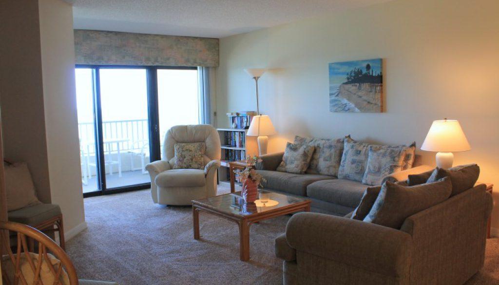 Living Room (Custom)