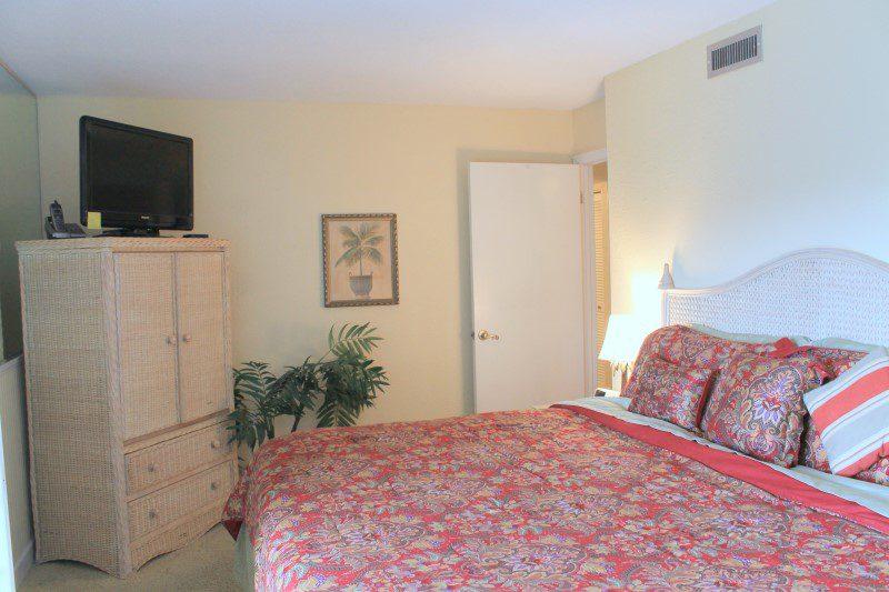 Master Bedroom (Custom)