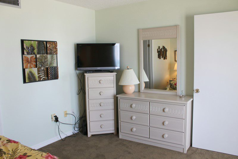 Master Bedroom TV (Custom)
