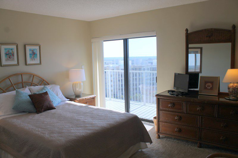Second Bedroom (Custom)